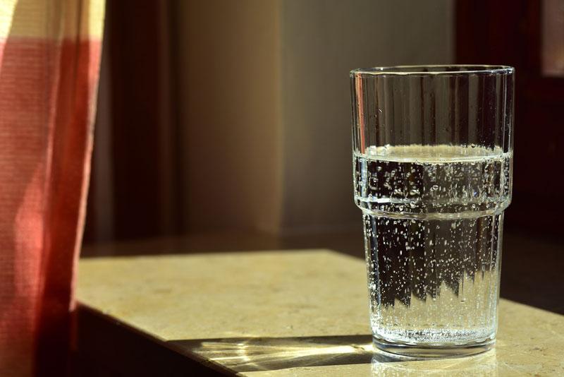 cómo ahorrar agua en el colegio